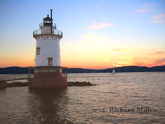 13- Sailboat Passing (Blackarrow3) Tags: lighthouses hudsonriver sleepyhollowlighthouse tarrytownlighthouse newyorklighthouses hudsonriverlighthouses 1883lighthouse