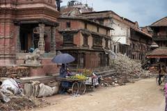 DSC02236 (Sepist) Tags: old nepal food fruit unescoworldheritagesite vendor damaged bhaktapur collapsed centralregion