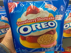 Oreo Cookies. Strawberry Shortcake (JeepersMedia) Tags: cookies oreo strawberryshortcake