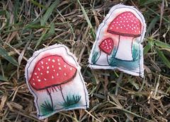 Bordado Cogumelo - parte VII (My Own Landscape Dreams) Tags: mushroom cogumelo myownlandscapedreams thasmelo freeembroiderymachine