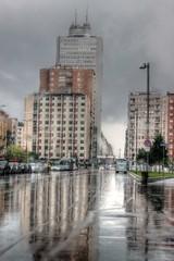 La imponente Torre Breda (Alax66) Tags: street city urban italy strada italia torre milano via metropolis breda grattacielo riflessi pioggia architettura skyscaper citt temporale metropoli