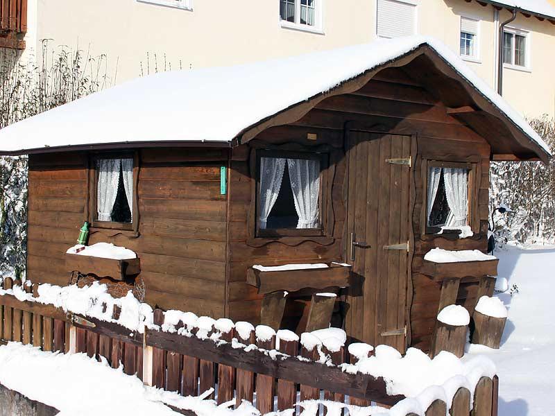Ferienhof Laux - winterliches Gartenhaus