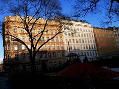 Wien, 1. Bezirk (l'arte delle facciate di Vienna) - Rudolfsplatz (Josef Lex (El buen soldado Švejk)) Tags: rudolfsplatz anglesanglesangles arethisbuildings