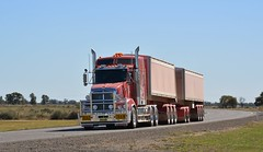 Kenworth T609 Road Train (quarterdeck888) Tags: nikon flickr transport semi trucks armitage roadtrain kenworth tippers haulage quarterdeck t609 newellhwy armytage jerilderietrucks