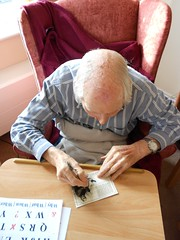 Ron signing book certificates (Ronnie Biggs The Album) Tags: ronnie biggs greattrainrobbery oddmanout ronniebiggs ronaldbiggs