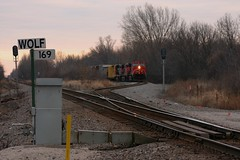Cool Your Heels (Wide Cab) Tags: cn train switch siding freight canadiannational manifest controlpoint a447 wolfsiding