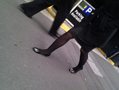 20100916130827 (phosed) Tags: legs candid tights pantyhose