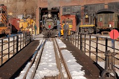 Ready to turn (Rocky Pix) Tags: christmas railroad house mountain rio museum grande colorado pix hand sunday engine rocky denver turntable f16 manual held nikkor roundhouse 1881 56mm 346 rockypix steamup normalzoom 2470mmf28g 1200thsec wmichelkiteley
