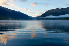 Nelson Lakes morning (NettyA) Tags: park newzealand cloud mist lake mountains water reflections island bay south lakes nelson national nz kerr rotoiti tasmannz mtrobert starnaud