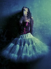 Ballerina (part 1) (Nico Brons) Tags: iphone iphoneography iphone3gs iphoneonly jackalopeballerinamodelsnapseedfxphotostudio