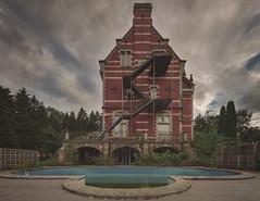 Foggy Brothel (klickertrigger) Tags: red sky urban house rot abandoned pool lost place himmel haus villa mansion exploration brothel ue verlassen urbex bordell schwimmbecken