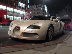 Veyron (Benoit cars) Tags: red white london cars bmw 164 bugatti supercar sportscars supercars veyron streetcars hamman worldcars x6m