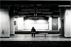 ore di attesa (Fabio McCaree) Tags: leica italy milan station train milano trix summicron 400 f2 50 m6 bovisa