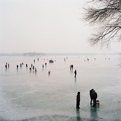 The Ice World ( ken ) Tags: china winter people lake 120 6x6 film ice rollei rolleiflex kodak beijing  summerpalace   planar    28e  ektacolorpro160 animperialgardeninbeijing