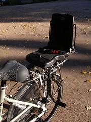 Bobike Junior (Cenas a Pedal) Tags: bicicleta bloom crianças gazelle cadeiras mãe famílias bobike moederfiets