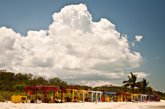 hover (Es.mond) Tags: trip blue red vacation sky white beach yellow clouds sand locals cuba palmtrees hover designated ciegodeavila trypcayococo nikond90 solcayococo af24120mmnikkor localcubanpeople