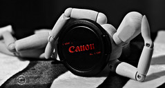 Canon , I can. (    , ) Tags: life wood red stilllife white man black canon wonderful still d gray can have doha qatar d600 qtr     600d ameera  i     amoora