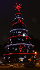 rvore de Natal no Ibirapuera ... (quanaval_sp) Tags: christmas light brazil brasil natal night sp noturna ibirapuera luzes rvore 2011