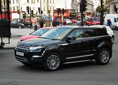 Range Rover Evoque (kenjonbro) Tags: uk black london trafalgarsquare landrover rangerover luxury premium 2011 kenjonbro sd4a fujihs10 rangeroverevoque ey61lfg