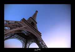 Tour Eiffel by D.F.N ('^_^ D.F.N. Damail ^_^') Tags: voyage sunset paris france art love canon word french fun photography photo reflex europe photographie mark picture award best fave ii views 5d franais hdr francais artiste photographe favoris photomatix dfn damail borderfx francais damailsl wwwdamailfr