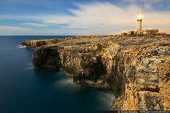 Lighthouse Cliffs (Alfonso Morabito) Tags: sunset nature sunrise canon photography eos dawn alfonso sigma 7d 105 polarizer 1020 hitech cpl manfrotto 105mm gnd morabito