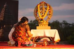 Mamallapuram, Indian Dance Festival, Nataraja (Arian Zwegers) Tags: india dance dancer shiva nataraja tamilnadu 2012 mahabalipuram mamallapuram indiandance traditionaldance pallava bharathanatyam dancingshiva lordofdance indiandancefestival kingofdance mamallapuramdancefestival