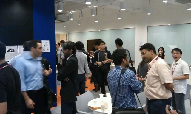 Atmosphere in STARTUP ASIA lot of startup company all over asia. Japan is the largest group of people here. Wow. #PomSing