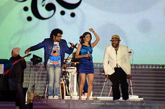 Suchi Hari Charan Benny Dayal (snaido) Tags: hello city vijay festival night radio concert dubai andrea kay harish saturday edge benny harris feb fm suresh karthik suchitra 2012 prakash krish raju suvi suchi on harini naresh 895 sarathy iyer sunitha aalap dayal srilekha tippu 04th parthasarathy chinmayi raghavendra haricharan 895fm