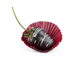 Chocolate Dipped Strawberry (Cat Girl 007) Tags: white macro closeup elegant chocolatedipped drizzle chocolatedippedstrawberry chocolatecoatedstrawberry berrycandychocolatechocolatecoatedchocolatecoatedstrawberry foodfruitgourmetholidaymeltedromanticstrawberry
