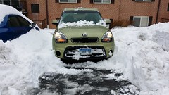 Kia Soul snow removal (SchuminWeb) Tags: county winter light urban snow storm green cars car silver out lights spring md ben head digging web alien hill snowstorm maryland headlights vehicles soul vehicle headlight montgomery lit kia february aspen removal suv storms silverspring clearing crossover 2014 aspenhill xuv schumin schuminweb