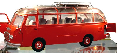 Schuco Stra S6 bus 1-18