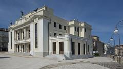 [AA0559]* 2014/04/13_003 (sdb66) Tags: italy teatro italia day theatre outdoor clear ch abruzzo ortona nikkorafs1735mmf28d nikond800e