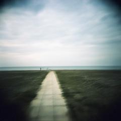 Il mare (Rocco Carnevale) Tags: sea solitude mare fuji crossprocess provia holga120