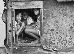 Children Delhi 2011 (Anoop Negi) Tags: street portrait india children photography for photo women media image photos delhi indian bangalore creative images best po gurgaon mumbai anoop negi photosof 50millionmissing imagesof jjournalism