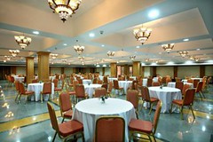 Banquet Hall (Travelive) Tags: india monument cosmopolitan delhi tajmahal kerala palace exotic fantasy pools celebrities fountains ambassador comfort princes royalty hospitality decadence emperor lawns statesmen presidentialsuite amenities ernakulum luxuryvacations indiahotels delhihotels dreamcochin luxuryhoneymoons graceandcharm tajclub moorishmughalarchitecture