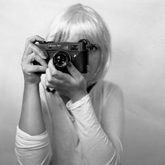 Camera Love #2 (E dimmi che non vuoi morire) Tags: diafine expired ilfordfp4 v700 norita leafshutter norita66 noritar7035