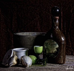 Garlic and Cognac (Dennis Cluth) Tags: life studio still nikon strobe d90