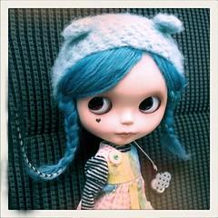 Little Hazie Cheer up! (Lawdeda ) Tags: blue girl dead dress teal helmet arcade drop cutie button blythe monday custom wonderment ebl sammydoe