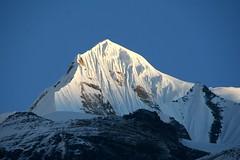Tent Peak 5am (Leoniedas) Tags: nepal mountains asia peak summit himalaya tentpeak