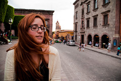 Il vento fra i capelli (Choollus) Tags: trip travel summer portrait holiday playing travelling girl clouds scarf self diamonds hearts relax mexico glasses nikon nuvole chica estate wind july viento redhead paseo amarillo giallo card julio verano sanmigueldeallende mexique guanajuato fiori redhair cuori fille ritratto viaggio vacanza rayban giulia vento carte sciarpa ragazza lightroom yellowe occhiali quadri messico luglio 2011 viaggiare nikond3000