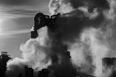 Sumitomo cement factory (StephenCairns) Tags: blackandwhite bw japan smoke steam flare 日本 岐阜 gifu 影 白黒 霧 煙 蒸気 光線 岐阜県 canon50d stephencairns 70200mmf4isusm 50dcanon 本巣市 住友セメント工場 sumitomocementfactory shadowimposedonmassofdensesteam