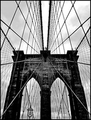 Brooklyn Bridge (leuntje (on tour)) Tags: newyorkcity bridge bw usa newyork architecture manhattan brooklynbridge eastriver suspensionbridge roebling 1883 cablestayedbridge thebrooklynbridge washingtonroebling johnaugustusroebling
