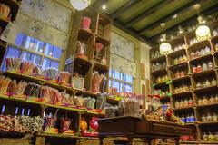 Inside the candy store (Bart Kok) Tags: candy denbosch fiets kleuren coulor snoep tumtum zuurstok snoepwinkel