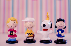 happy new year (Natlia Viana) Tags: cute toys lucy peanuts snoopy charliebrown woodstock miniaturas sallybrown natliaviana