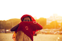 @ Marina Beach (Arun Titan) Tags: red portrait black texture smile marina photoshop canon photography flickr glow think thinking 7d laugh lonely marinabeach slum arun southindia yellowlight onelight rimlight redcloth portraitphotography powerfuleyes arunkumar arunr canoneos7d mg0575 canon7d sluminindia portraitofindia verticalphotography chennaislum arun4884 aruntitan