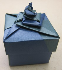Double Locked Spiral Square Box (ChrisL_AK) Tags: origami box boxes tomokofuse tanteidan stardeam