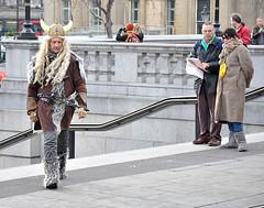 Did You See That Mavis ? ? (jaykay72) Tags: street uk london candid streetphotography trafalgarsquare londonist stphotographia
