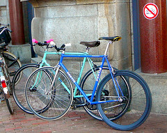 Denti & Bianchi fixies (fixed gear, pignon fixe), Amsterdam, Dam - Kalverstraat, 09-2011 (Jacques Mounnezergues) Tags: street people urban classic amsterdam bicycle vintage dam candid streetphotography gear streetlife streetscene singlespeed fixed fixie fixedgear spotted rue vlo bianchi kalverstraat fiets trackbike streetshot straat vintagebicycle stadsarchief pignon fixe denti instantan racingbicycle racefiets gespot scnesderue straatfotografie crois straatleven straatfoto classicbicycle trackbicycle straatscene pignonfixe baanfiets oudefiets doortrapper vlodepiste vintageracingbicycle vloancien vlocourse photodanslarue vlocourseancien ouderacefiets classicracingbicycle prisdanslarue stratenvanamsterdam inthestreetsofamsterdam