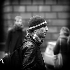 street portrait (backroom.angel) Tags: street square mono scotland blackwhite edinburgh candid 500x500 canon85mm18 innamoramento