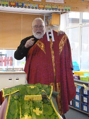 Father Philip to class 2 (3)